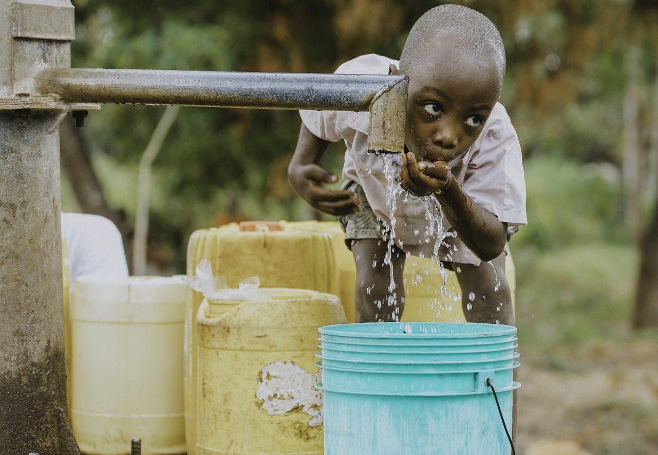 giornata-mondiale-acqua-amref-aspect-ratio-97-67
